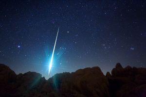 geminid-meteor-california_10734_600x450